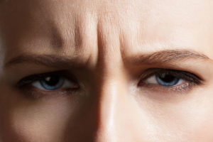 frown-lines-frown-wrinkles